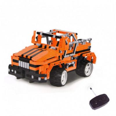 Lego Technic - konstruok Džipą ir valdyk jį Radijo Bangomis!