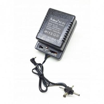 Universalus adapteris 1,5 - 12V Casio, Yamaha ir kt.