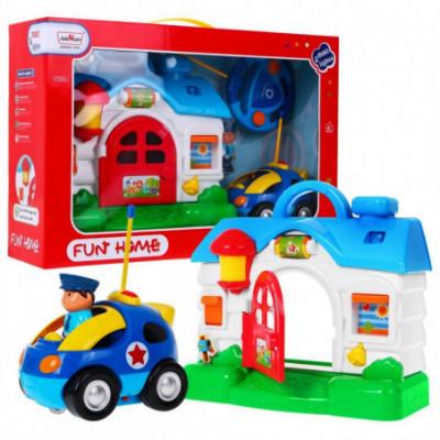 Policijos komisariatas ir RC valdoma mašina