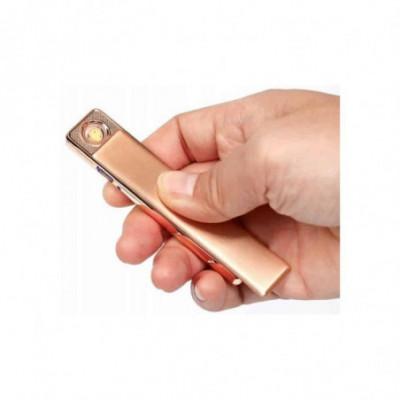 Stilingas, pakraunamas USB žiebtuvėlis