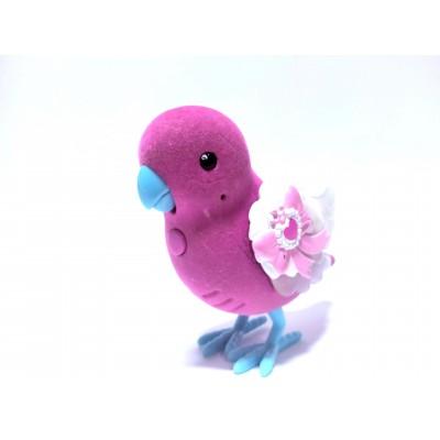 Čiulbantis rožinis paukštelis